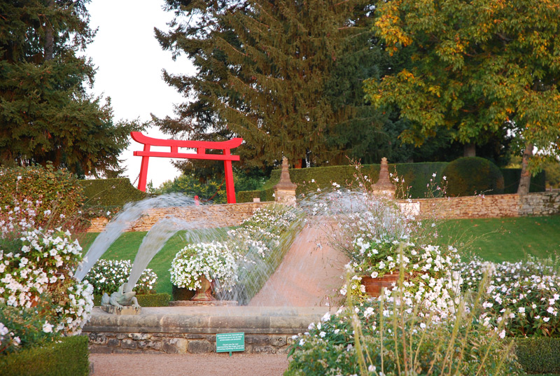 Le Jardin Blanc Eyrignac Et Ses Jardins Dordogne