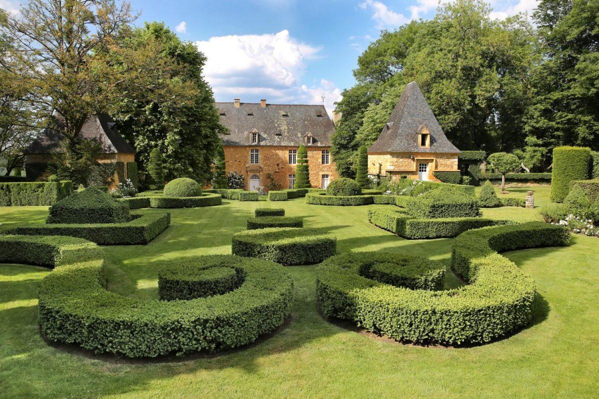 Individual Visits to Eyrignac and its gardens (Périgord Noir - Dordogne) : Eyrignac et ses jardins