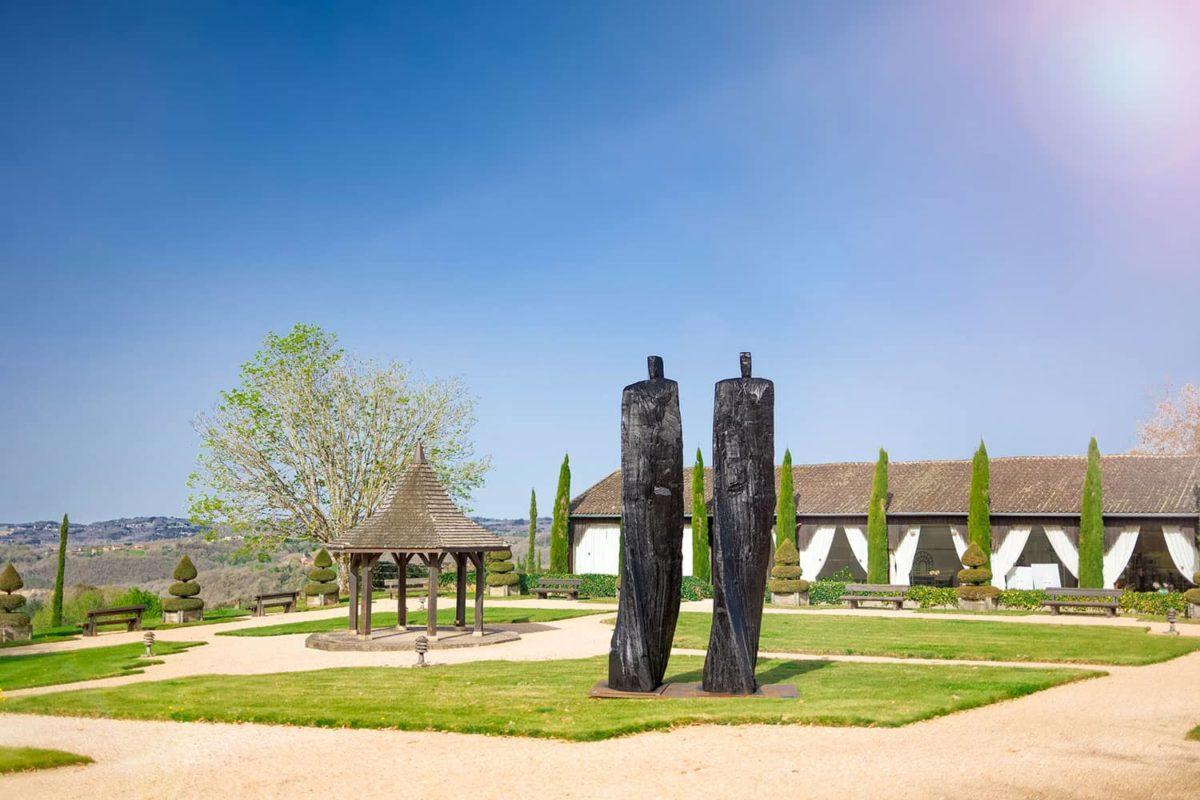 Exposition des sculptures de Christian Lapie à Eyrignac et ses Jardins